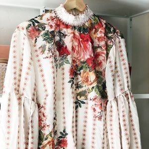 Floral blouse with Smocking